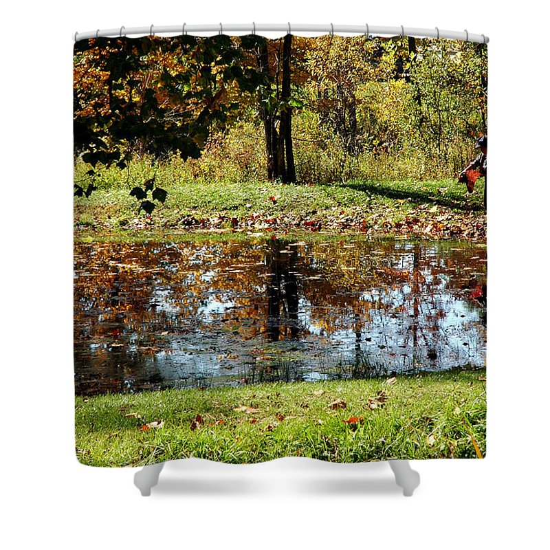Usa Shower Curtain featuring the photograph Fall Frogging Got One by LeeAnn McLaneGoetz McLaneGoetzStudioLLCcom