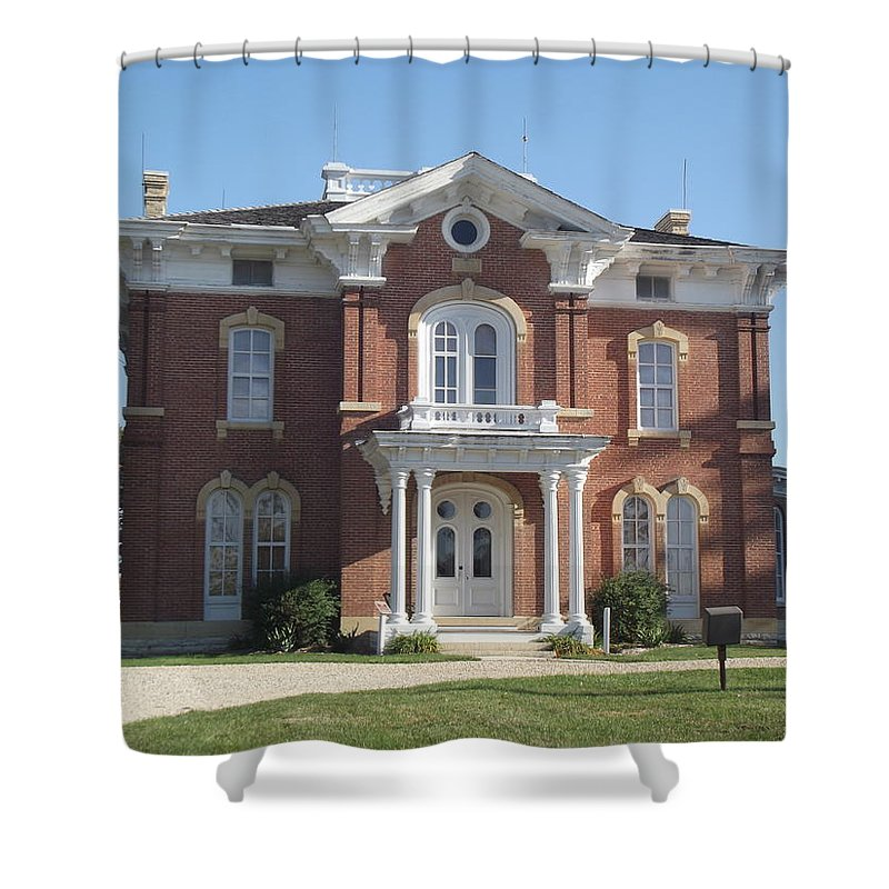 Mansion Shower Curtain featuring the photograph Farm Mansion by Bonfire Photography