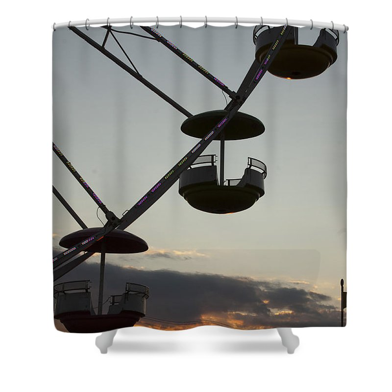 Ferris Wheel Shower Curtain featuring the photograph Ferris Wheel Silhouette by Darleen Stry