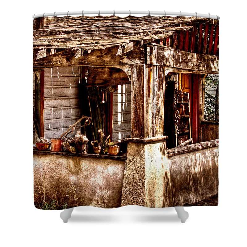 New Mexico Neighborhood Shower Curtain featuring the photograph Fixer Upper by David Patterson