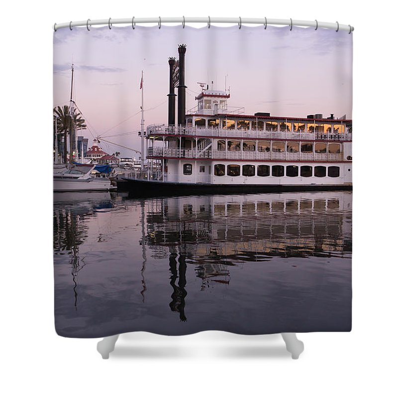 Paddle Shower Curtain featuring the photograph Grand Romance by Heidi Smith