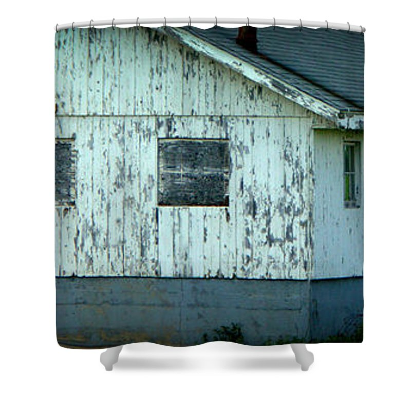 Half Court Shower Curtain featuring the photograph Half Court by Ed Smith