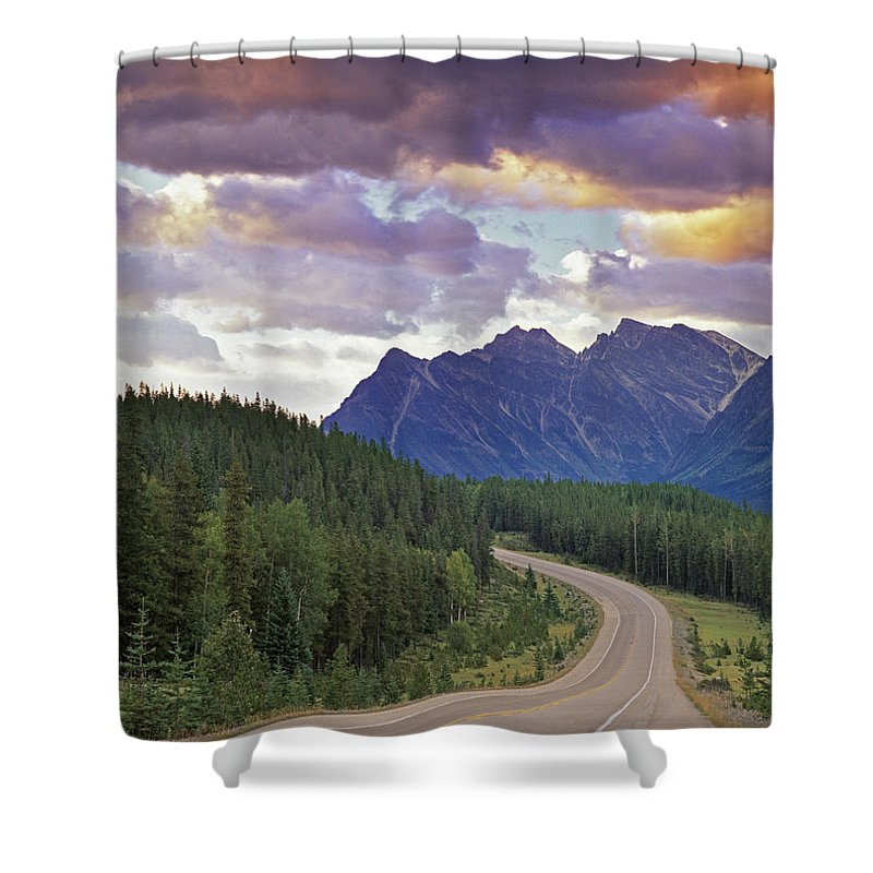 Light Shower Curtain featuring the photograph Icefields Parkway, Jasper National by Darwin Wiggett