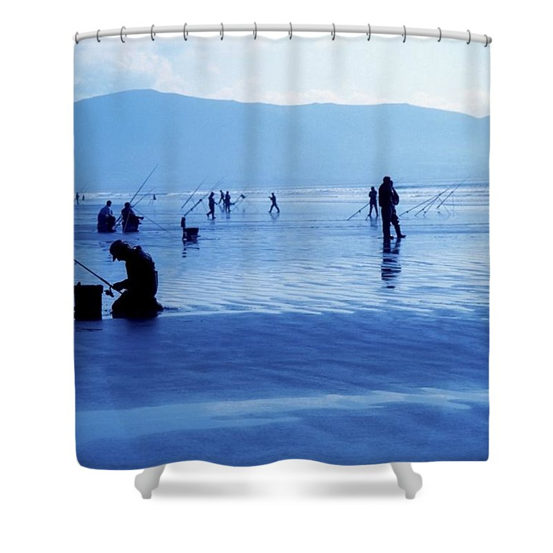 Beach Shower Curtain featuring the photograph Inch Beach, Dingle Peninsula, County by Richard Cummins