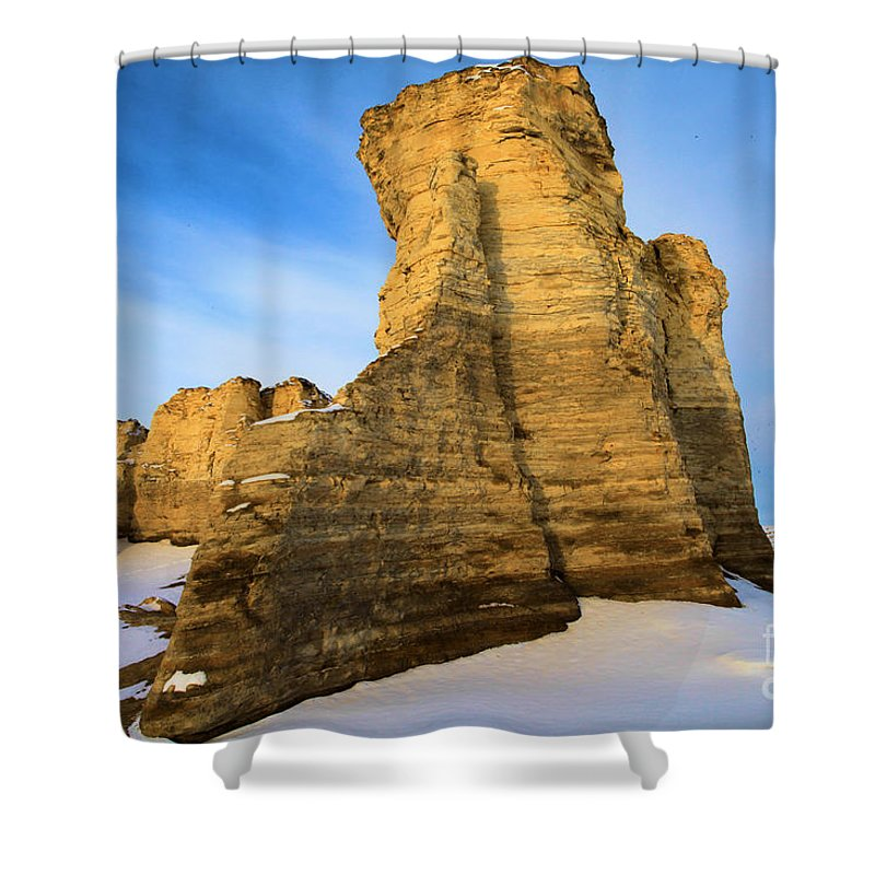 Monument Rocks Shower Curtain featuring the photograph Learn Tower Of Monument Rocks by Adam Jewell
