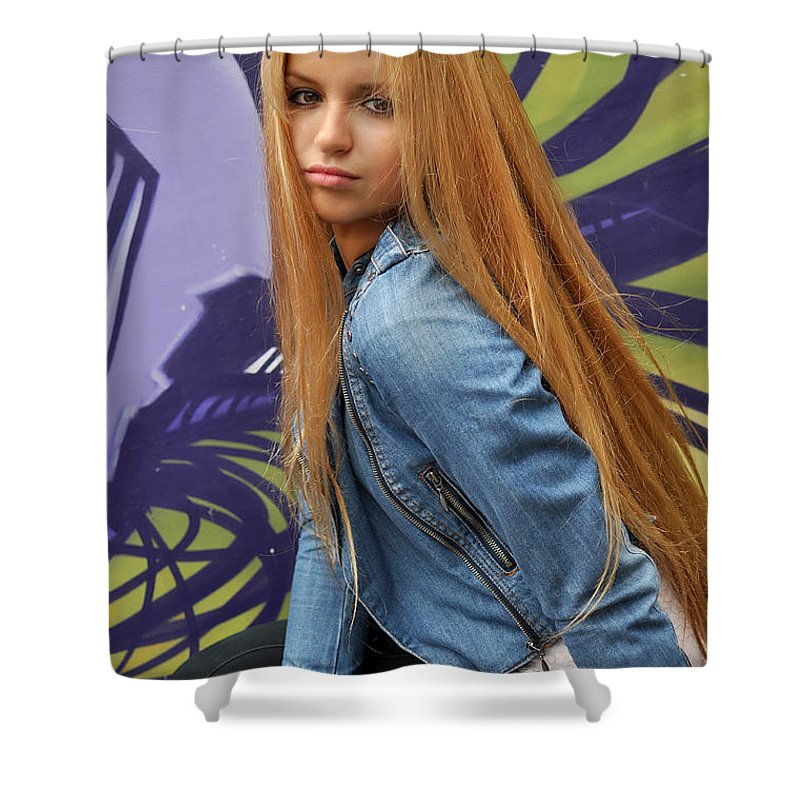 Yhun Suarez Shower Curtain featuring the photograph Liuda8 by Yhun Suarez