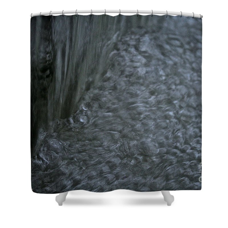 Outdoors Shower Curtain featuring the photograph Nature Made Bubble Pack by Susan Herber