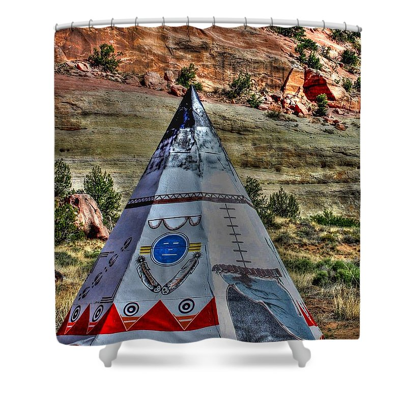 Route 66 Shower Curtain featuring the photograph Navajo Trading Post Teepee by Tommy Anderson