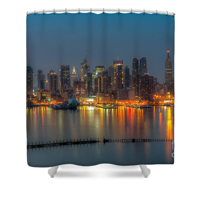 Clarence Holmes Shower Curtain featuring the photograph New York City Skyline Morning Twilight Xi by Clarence Holmes