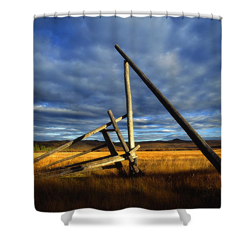 Light Shower Curtain featuring the photograph Old Homestead Near Pelly Crossing by Robert Postma