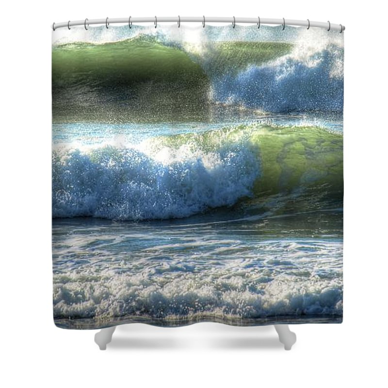 Ocean Shower Curtain featuring the photograph Pacific Waves by Jacklyn Duryea Fraizer