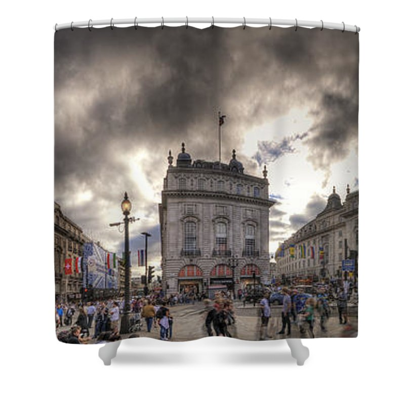 Yhun Suarez Shower Curtain featuring the photograph Piccadilly Panorama by Yhun Suarez