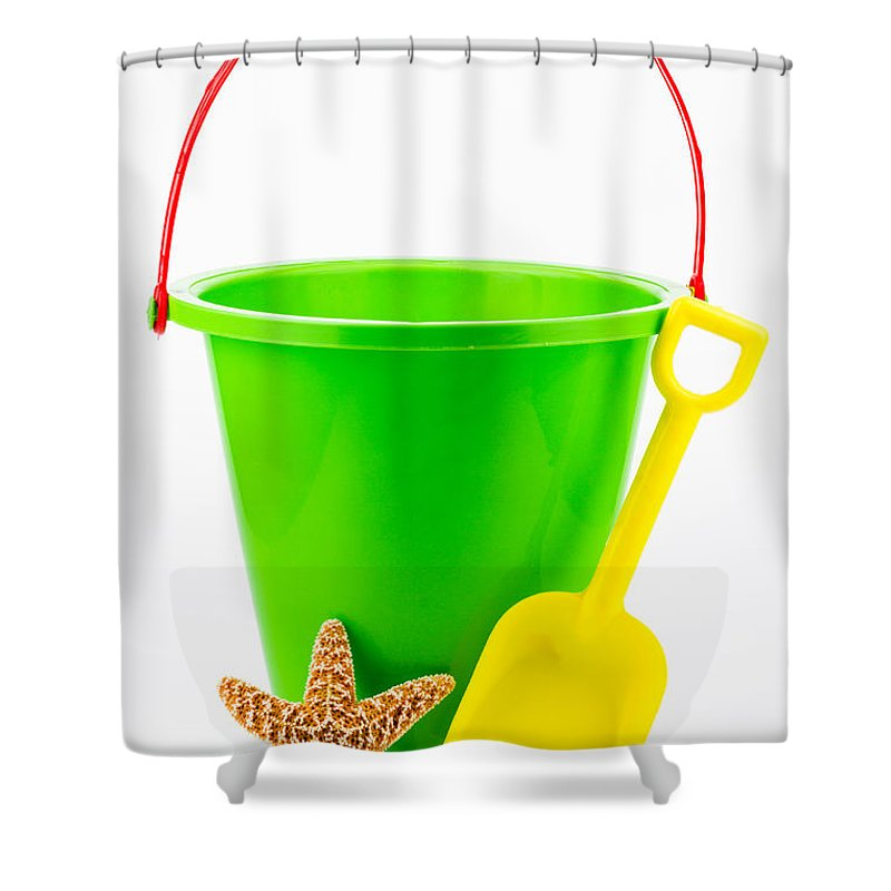 Asterias Vulgaris Shower Curtain featuring the photograph Ready For The Beach by Dawna Moore Photography