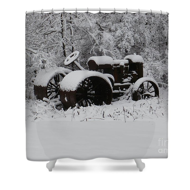 New York Shower Curtain featuring the photograph Robed In White by Christian Mattison