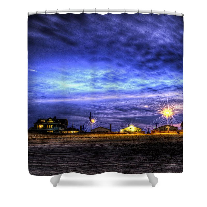 Landscape Shower Curtain featuring the photograph Setting On The Beach by Ryan Crane
