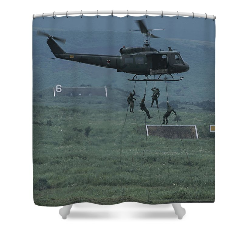 Armed Forces Shower Curtain featuring the photograph Soldiers Rappel From A Helicopter by Karen Kasmauski