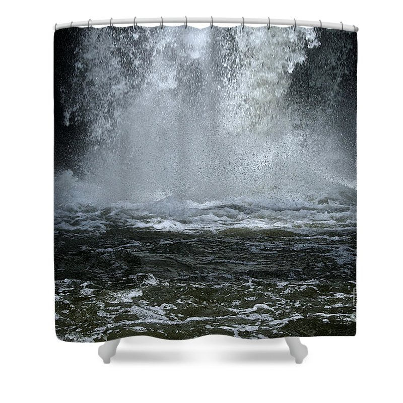 Outdoors Shower Curtain featuring the photograph Splash Down by Susan Herber