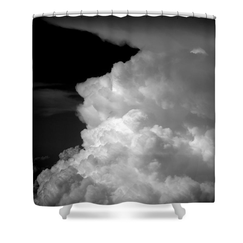 Sta Puff Shower Curtain featuring the photograph Sta Puff by Ed Smith