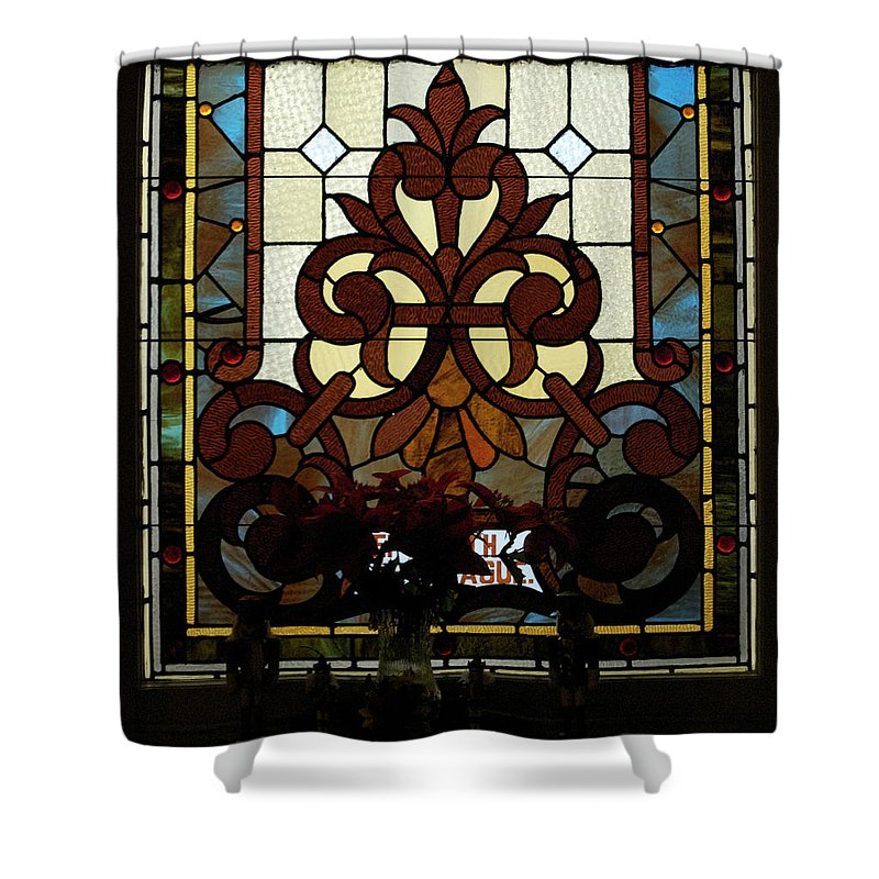 Glass Art Shower Curtain featuring the photograph Stained Glass Lc 16 by Thomas Woolworth