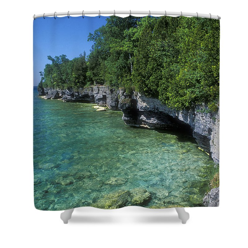 Bronstein Shower Curtain featuring the photograph Summer Morning At Cave Point by Sandra Bronstein