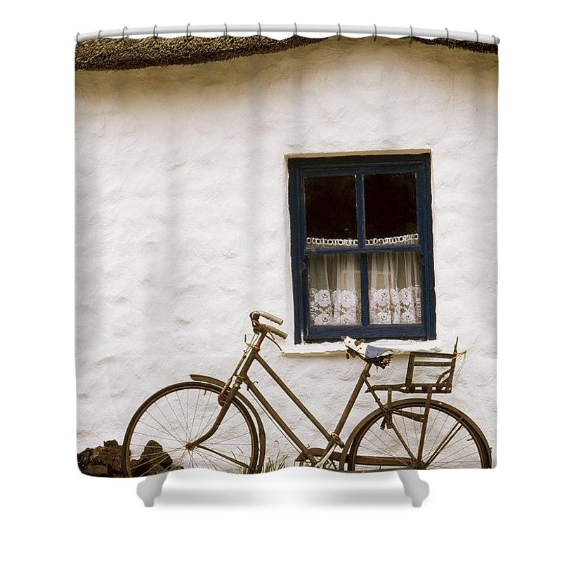 Cummins Shower Curtain featuring the photograph Tahtched Cottage And Bike by Richard Cummins