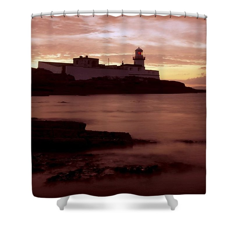Cummins Shower Curtain featuring the photograph Valentia Island, Cromwell Point by Richard Cummins