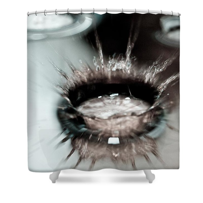 Water Shower Curtain featuring the photograph Waterdrop9 by Danielle Silveira