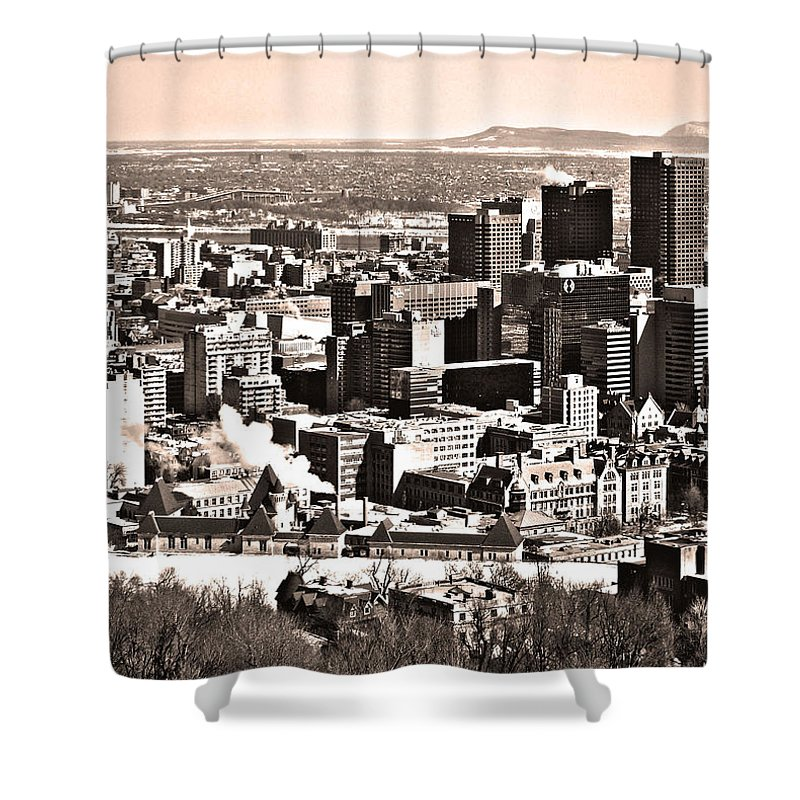 North America Shower Curtain featuring the photograph Winter In The City ... by Juergen Weiss