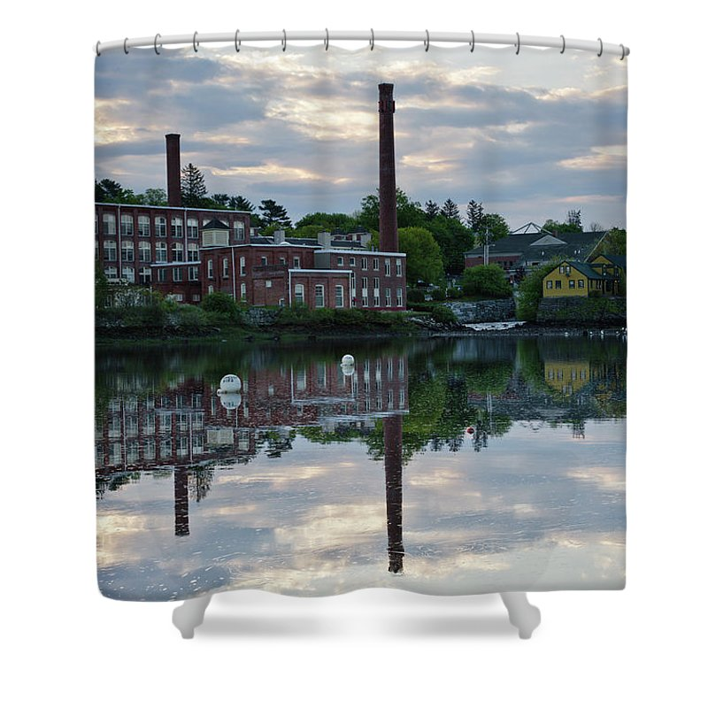 Landscape Shower Curtain featuring the photograph Exeter New Hampshire Usa by Erin Paul Donovan