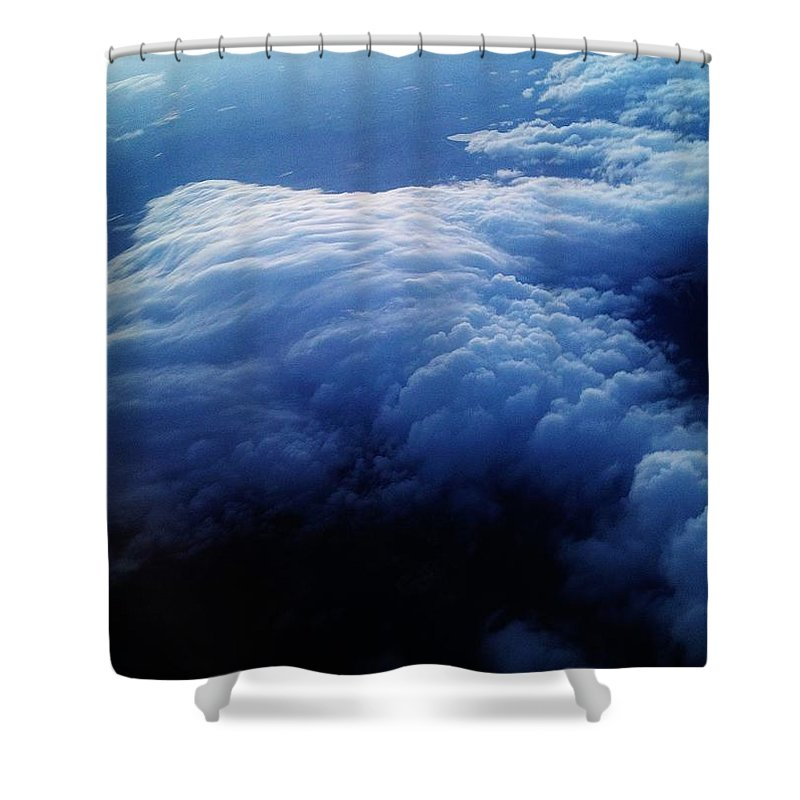 Iphone 4s Shower Curtain featuring the photograph 04122012031 by Debbie L Foreman