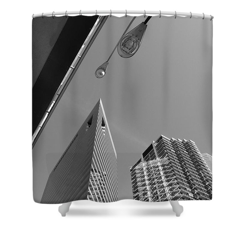 America Shower Curtain featuring the photograph Chicago Cityscape by Frank Romeo