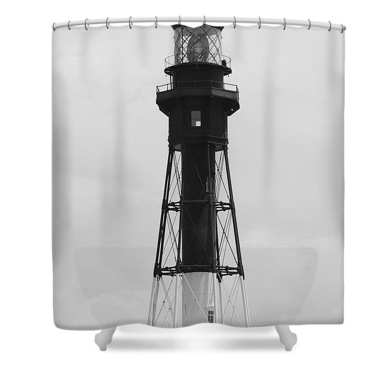 Landscape Shower Curtain featuring the photograph Lighthouse by Rob Hans
