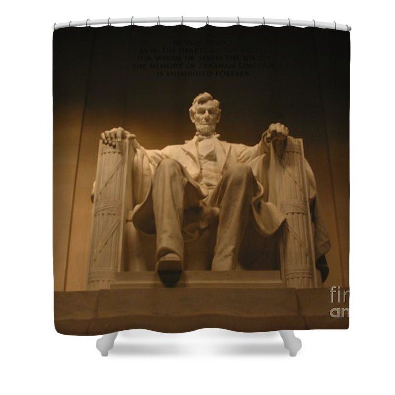Abraham Lincoln Shower Curtain featuring the painting Lincoln Memorial by Brian McDunn