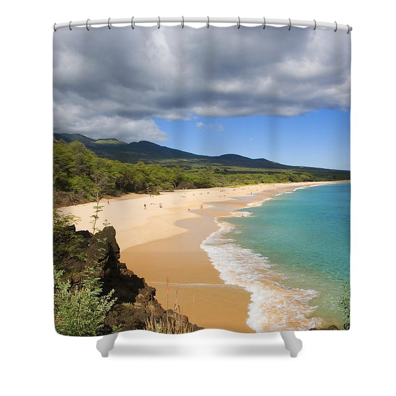 Afternoon Shower Curtain featuring the photograph Makena Beach by Ron Dahlquist - Printscapes