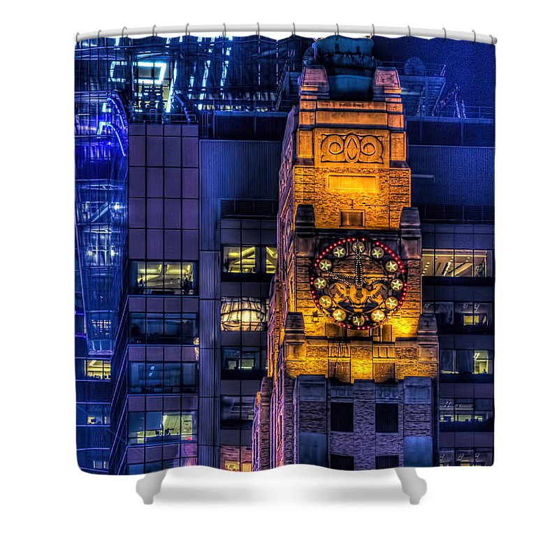 New York City Shower Curtain featuring the photograph Paramount Building by Kenneth Grant