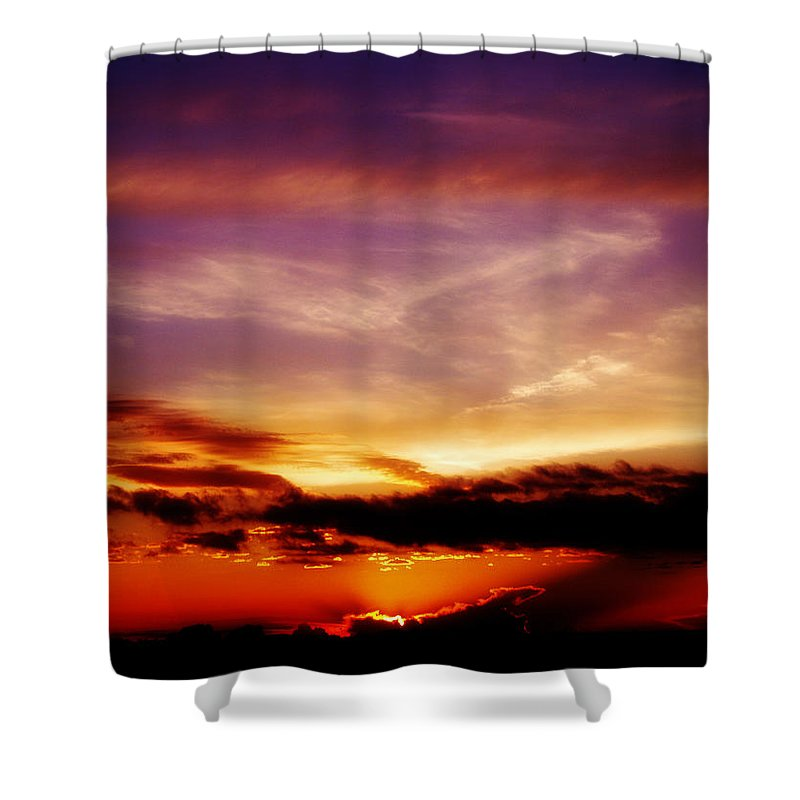 Sunset Shower Curtain featuring the photograph Southern Sunset by Toni Hopper