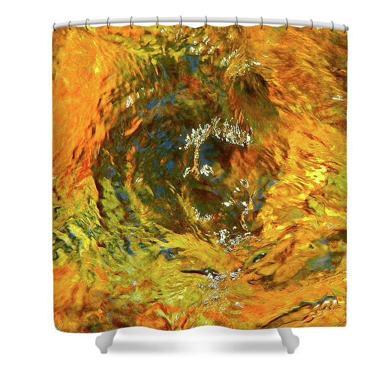 Color Close-up Landscape Shower Curtain featuring the photograph Spring 2017 158 by George Ramos