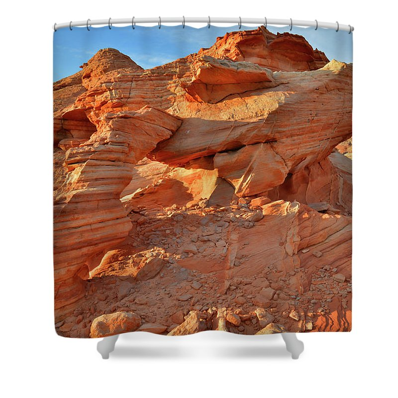 Valley Of Fire State Park Shower Curtain featuring the photograph Valley Of Fire Arch At Sunrise by Ray Mathis