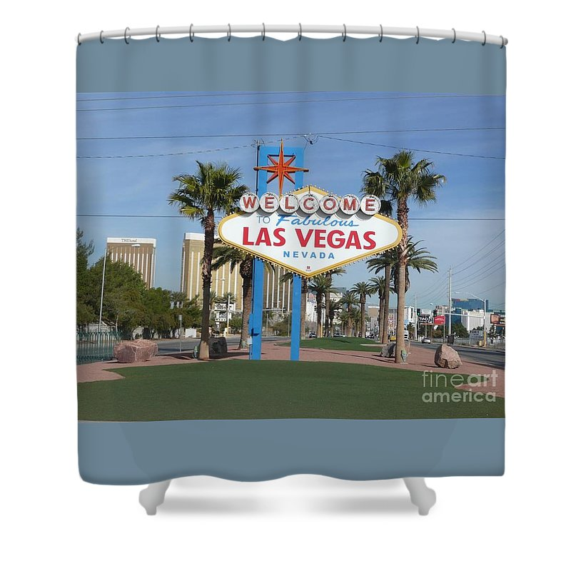 Sign Shower Curtain featuring the photograph Viva Las Vegas by Barb Montanye Meseroll