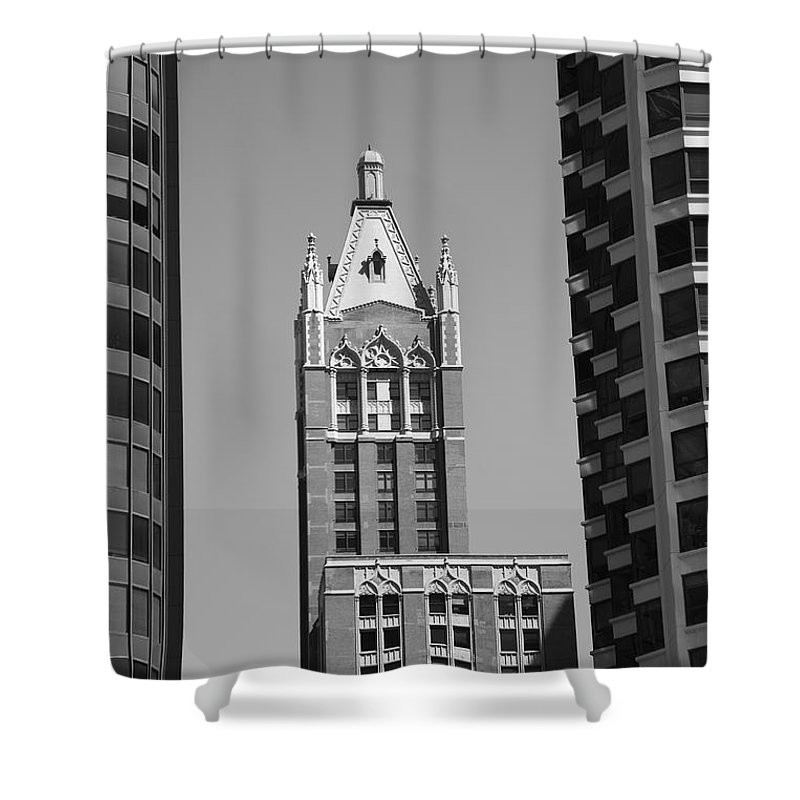 America Shower Curtain featuring the photograph Chicago Skyscrapers by Frank Romeo