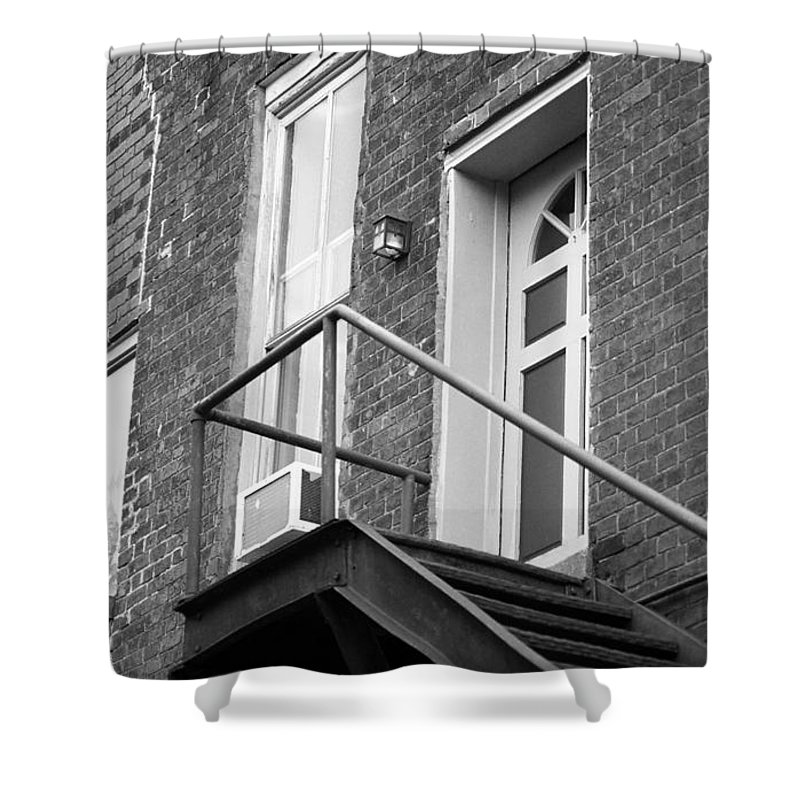 America Shower Curtain featuring the photograph Jonesborough Tennessee - Upstairs Neighbors by Frank Romeo