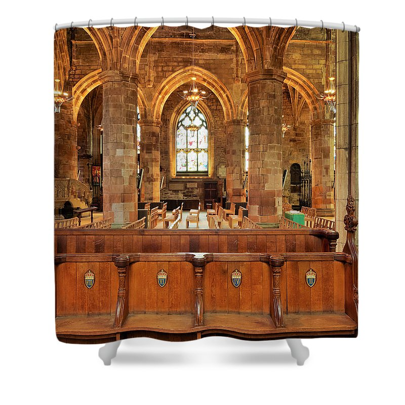 Europe Shower Curtain featuring the photograph St Giles' Cathedral, Edinburgh by Karol Kozlowski