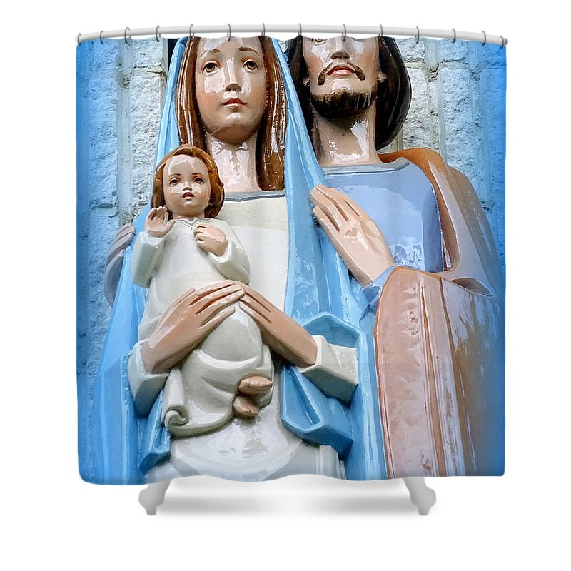 Statues Shower Curtain featuring the photograph The Holy Family by Ed Weidman