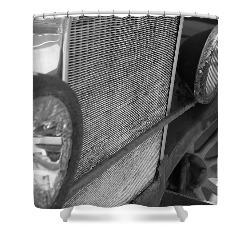 Black And White Shower Curtain featuring the photograph 1926 Model T Ford by Rob Hans