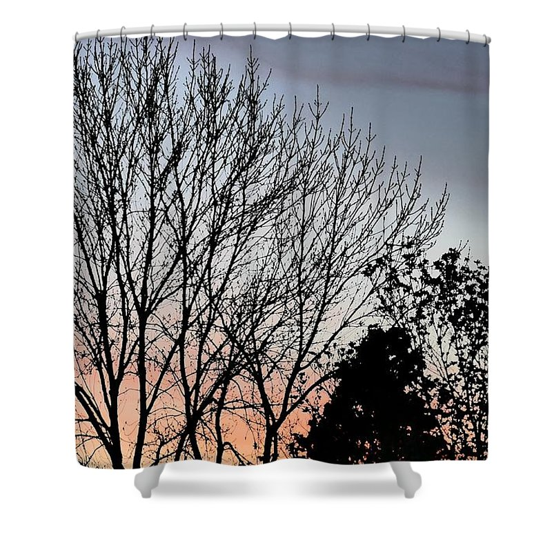 Idaho Sunsets Skyflowers Paul Stanner Shower Curtain featuring the photograph Horizon by Paul Stanner