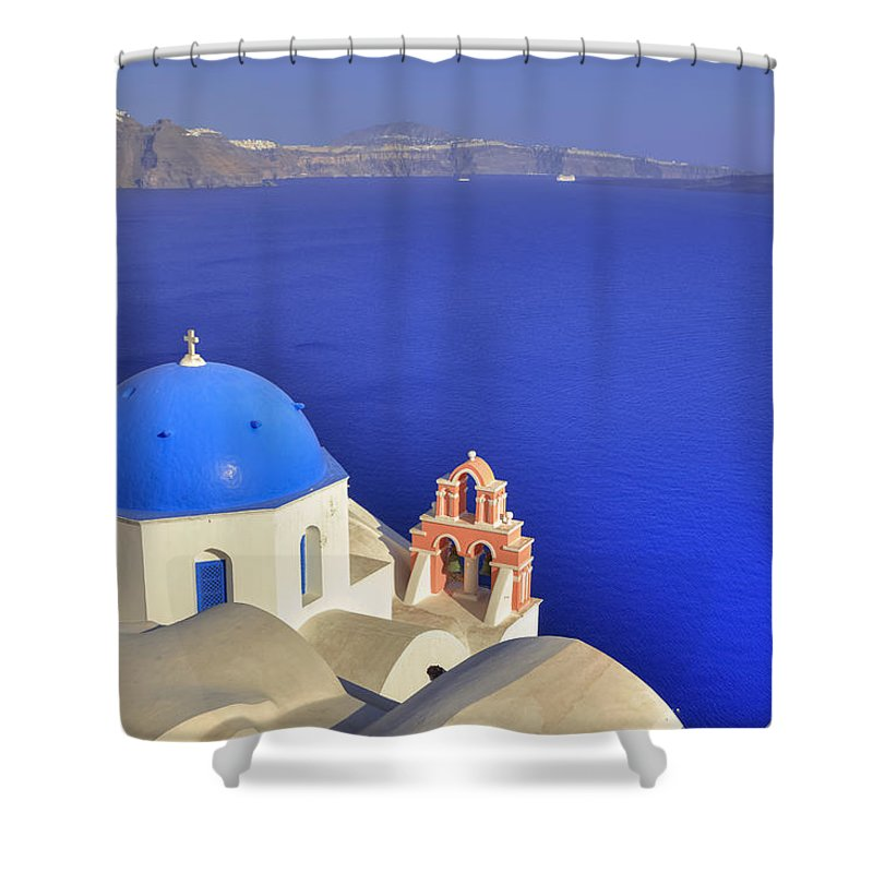 Oia Shower Curtain featuring the photograph Oia - Santorini by Joana Kruse