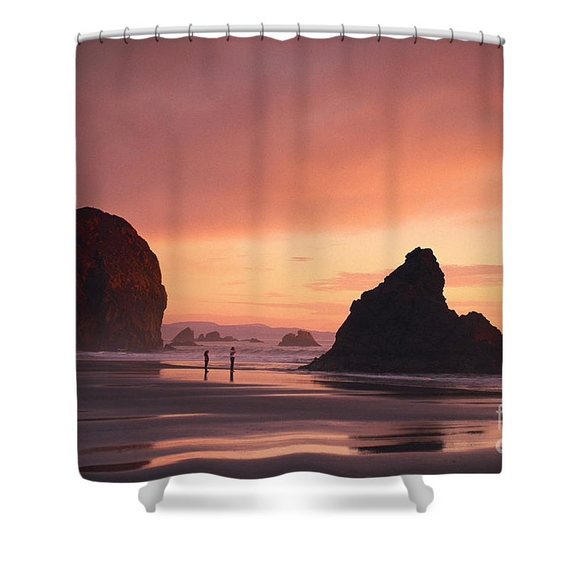 Afternoon Shower Curtain featuring the photograph View Of Oregon by Greg Vaughn - Printscapes