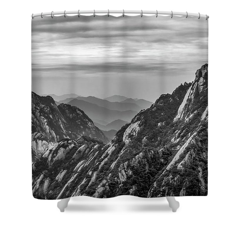 Anhui Province Shower Curtain featuring the photograph 5818- Yellow Mountains Black And White by David Lange