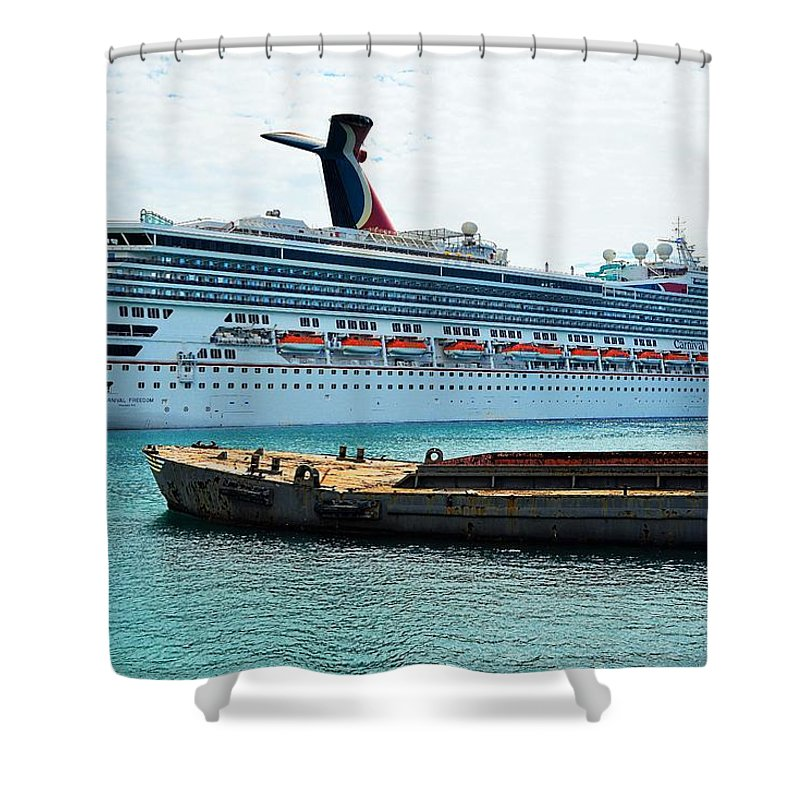 Boat Shower Curtain featuring the photograph Roatan by Gianni Bussu