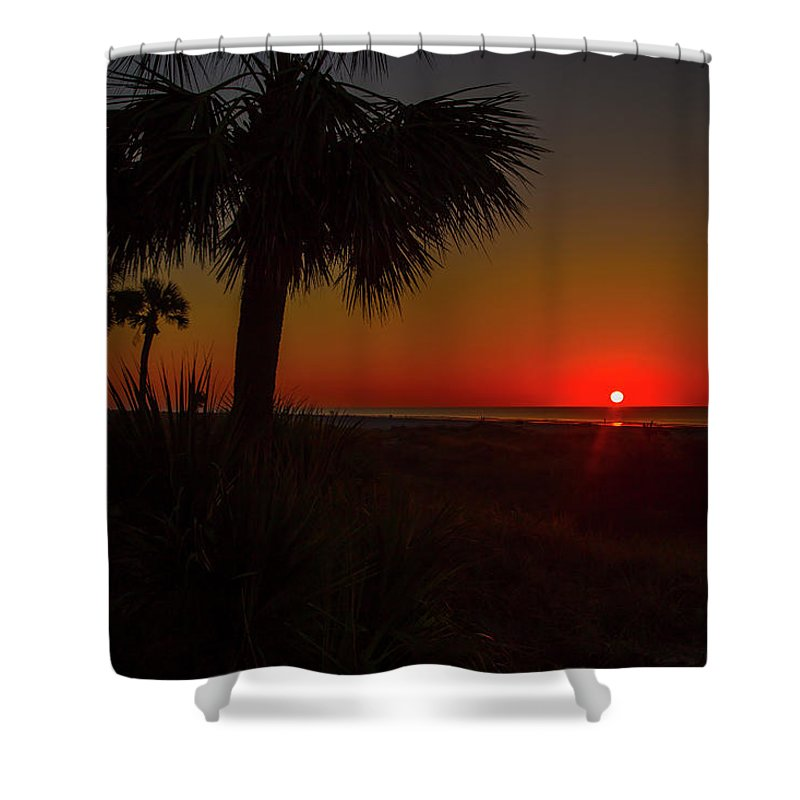 Hilton Head Shower Curtain featuring the photograph A New Beginning by Cliff Middlebrook